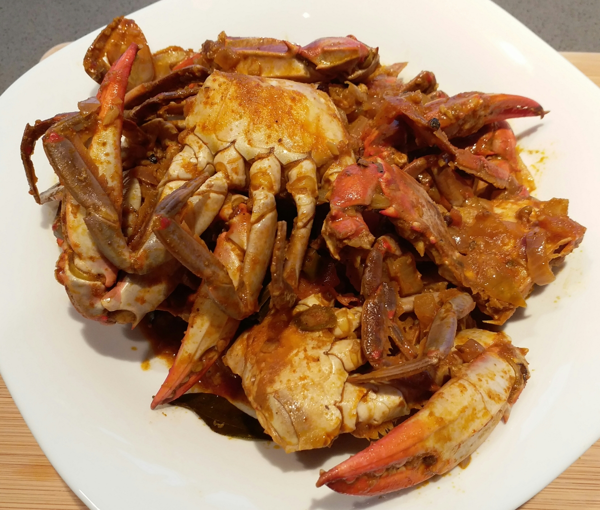 Sri Lankan Blue Crab Curry - eating out at home